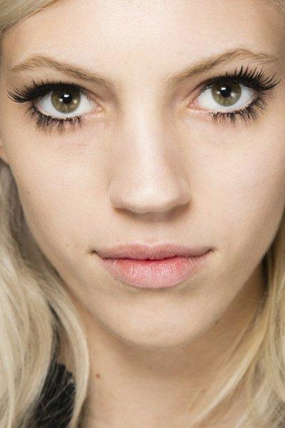 beauty-trend-large-Lashes-fall-winter-2014-2015-8