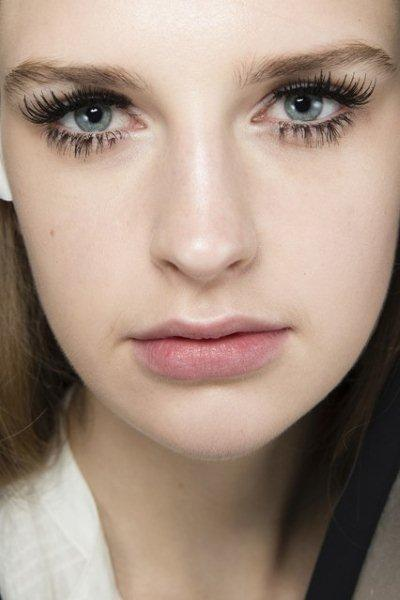 beauty-trend-large-Lashes-fall-winter-2014-2015-9