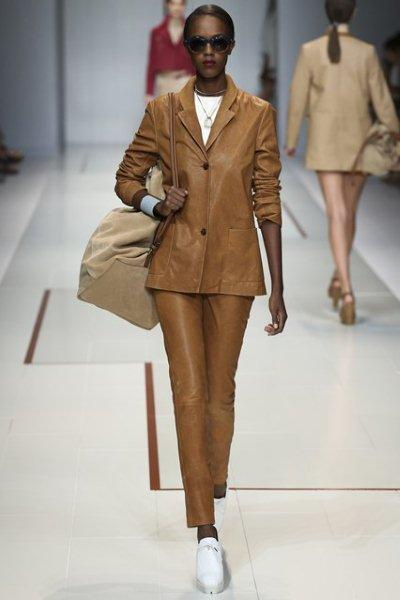 Trussardi-Trouser-Suit-fashion-trend-spring-2015-20