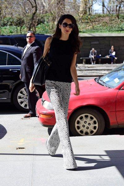 Flared-trousers-5
