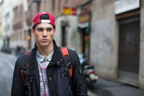 Street-looks-from-Milan-Fashion-Week-Menswear-11