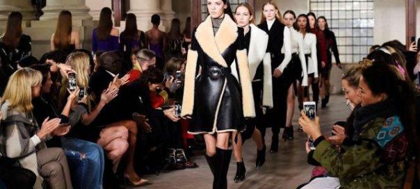 Runway-Looks-at-London-Fashion-Week-Fall-2018-1