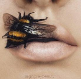 Makeup-Artist-Transforms-Her-Lips-Into-Beautiful-Works-of-Art-1